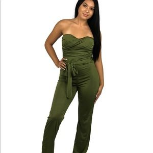 🔴One Piece Green Jumpsuit Tie Romper
